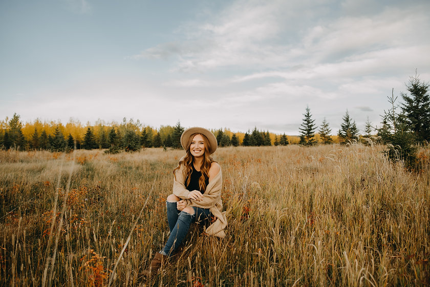 KatieFall2021 - Danika Rita Photography - Dawson Creek Photographer-25.jpg