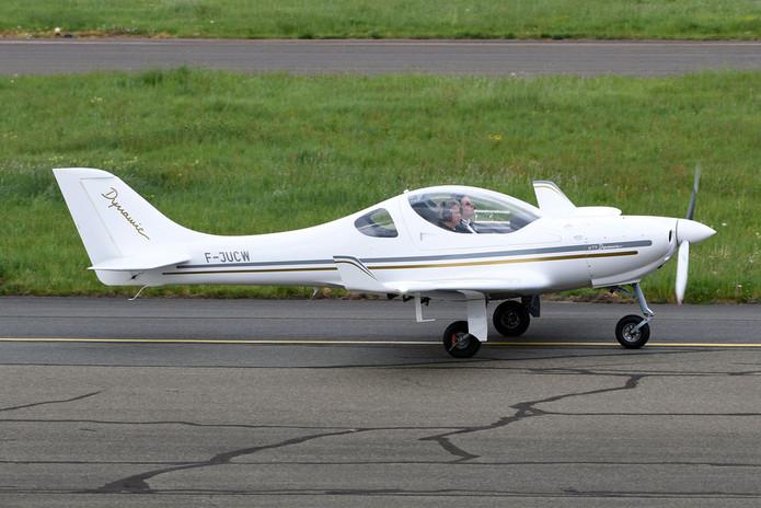 WT9 Dynamic FirstFlight ecole de pilotag