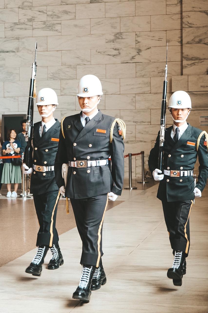 National Chiang Kai-shek Memorial Hall changing of the guard taiwan