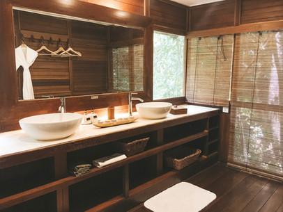 Tioman Island Malaysia Japamala Resort Tree top chalet bathroom