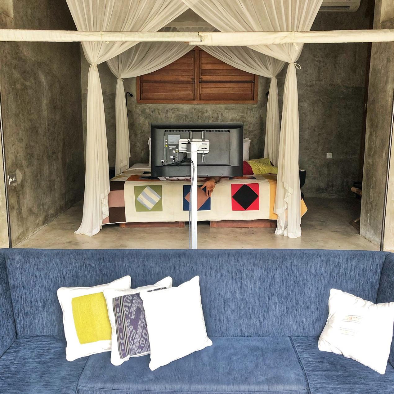 Zin Canggu Bedroom and lounge room