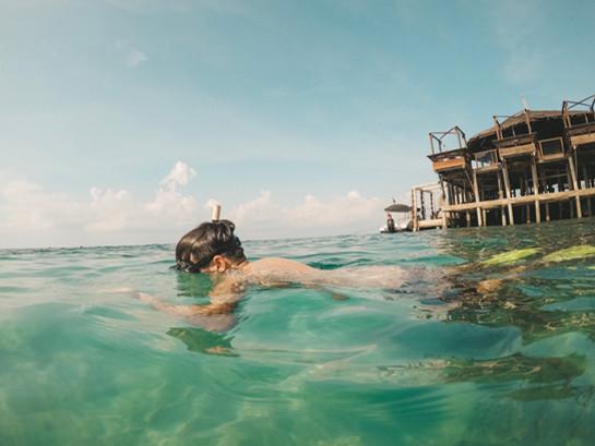 Tioman island malaysia Japamala resort snokeling