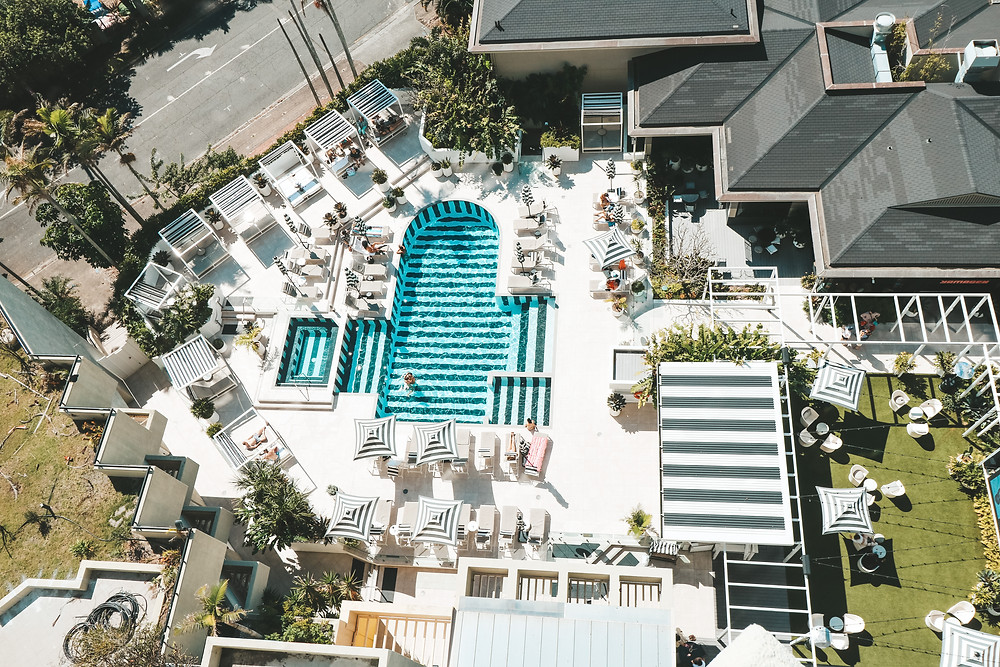 The QT Hotel Gold Coast Poolside Precinct - The Spring