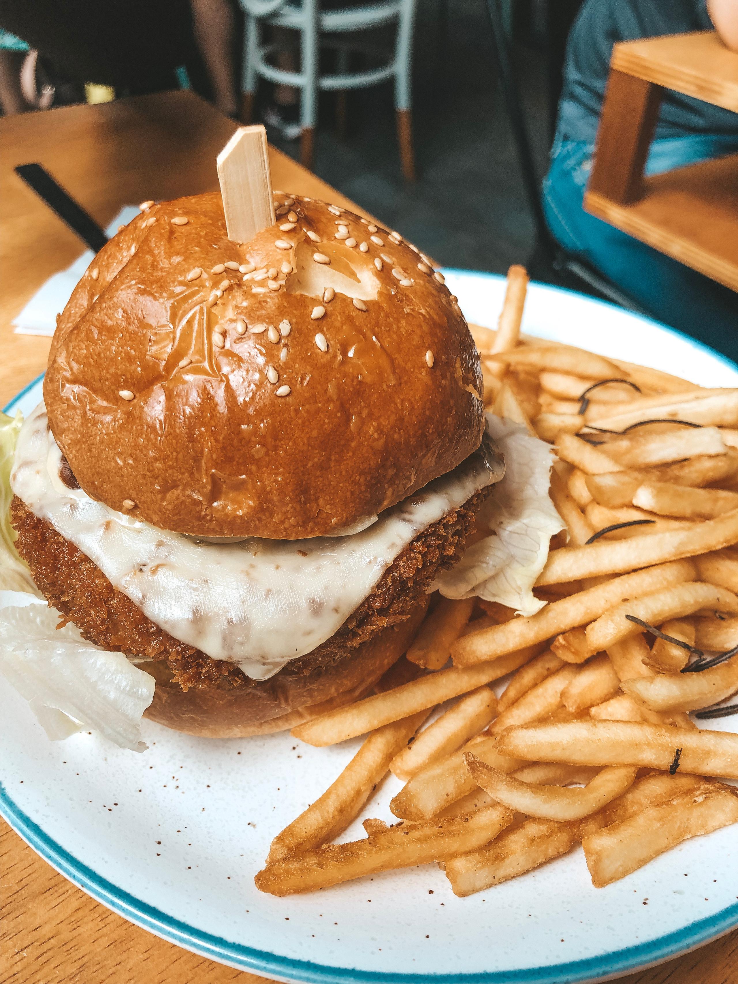 King and Prawn boardgame cafe singapore beef katsu burger