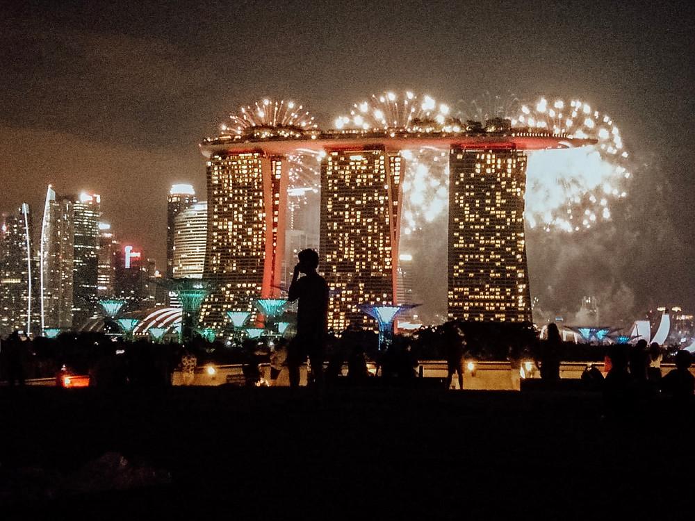 Singapore fireworks marina barrage marina bay best picnic spots picnic guide