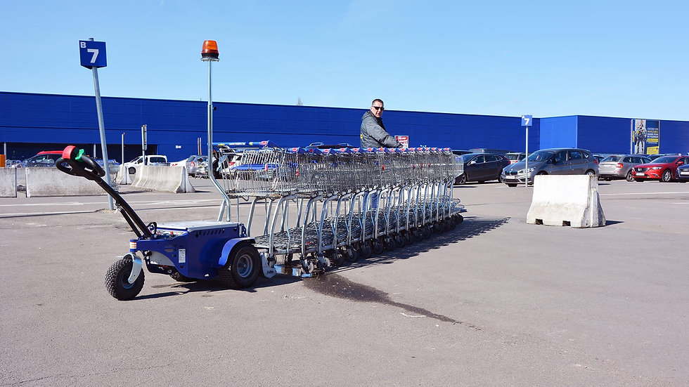M9 R towing a train of carts with remote control