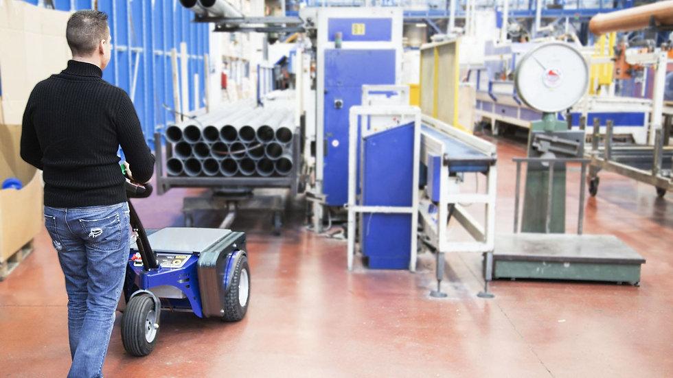 Zallys M5 Empurrador puxador de carga elétrico que puxam um carrinho carregando tubos de aço