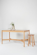 Minzu High Table