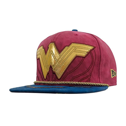 WONDER WOMAN Justice League Armor 59Fifty Fitted 7 5/8 gorra NEW ERA