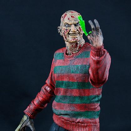 "FREDDY KRUEGER A Nigth on Elm Street Parte 1 Ultimate 7"" NECA"