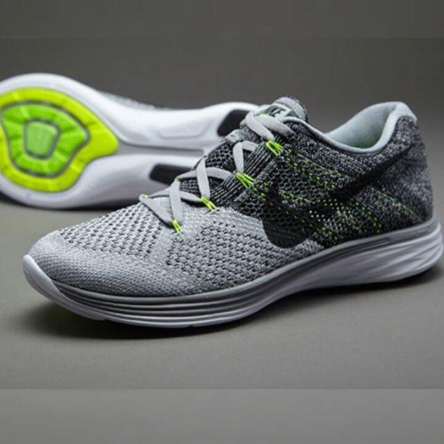 official photos ff06d fbd09 Nike Flyknit Lunar 3 for Men   sneakers