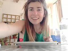 La Daina ens explica com fer la màquina d' escuma i bombolles