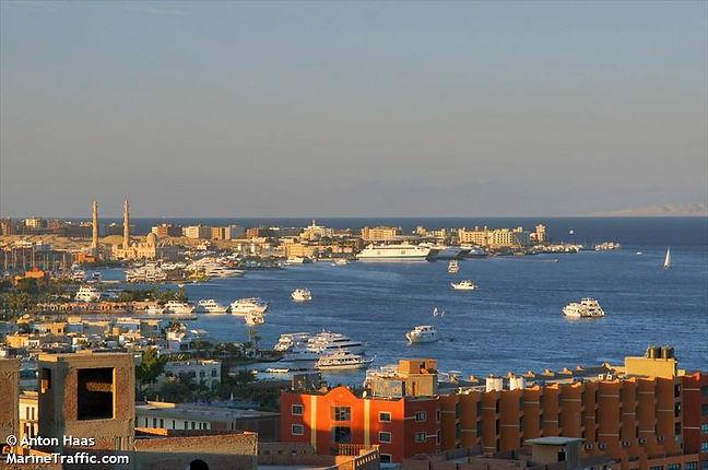 Hafen_Al-Ghardaqa_Hurghada.jpg
