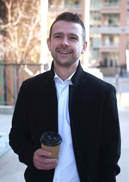 Round-Sasha-Matviienko-Digital-Marketing-Consultant-Toronto.jpg