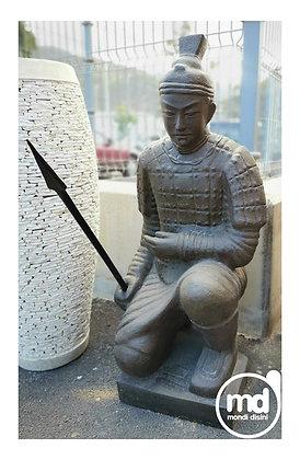 Estatua Guerrero Arrodillado