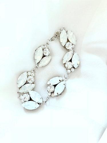 LAURA: Blooming Opal Bracelet