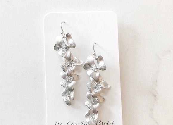 CASCADING FLOWERS Earrings