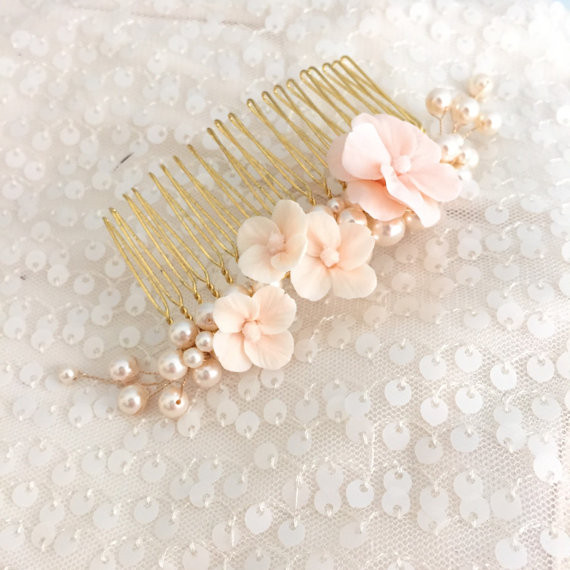 muted pink flower hair comb