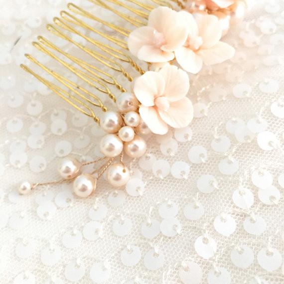 blush pearl comb
