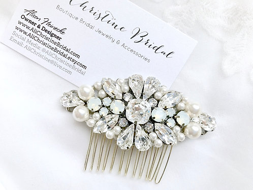 MINDI: Luxury Pearl and Rhinestone Comb