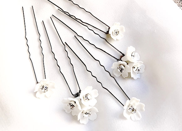 CAMILLA: Set of 5 Floral Rhinestone Pins