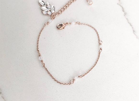 MARILYN: Opal Beaded Leaf Bracelet