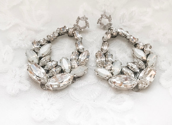 VIENNA: Statement Leaf Design Bridal Earrings