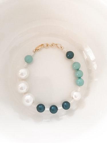 OCEAN WATERS Beaded Bracelet