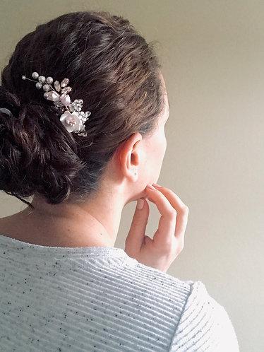 ELLA: Side Curve Floral Hair Comb
