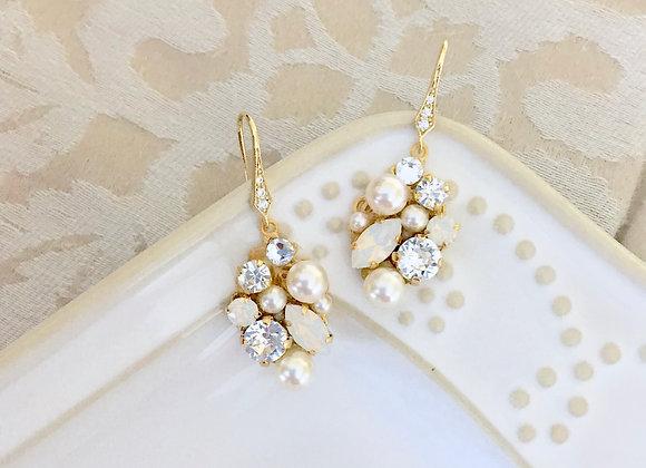 HEAVEN: Gold Pearl/Rhinestone Cluster Earrings