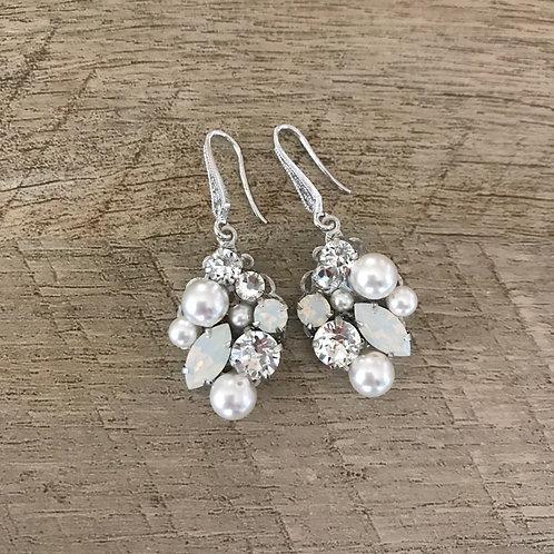 HEAVEN: Cluster Rhinestone Bridal Earrings