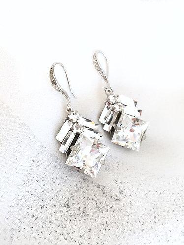 ARROW: Swarovski Rhinestone Earrings