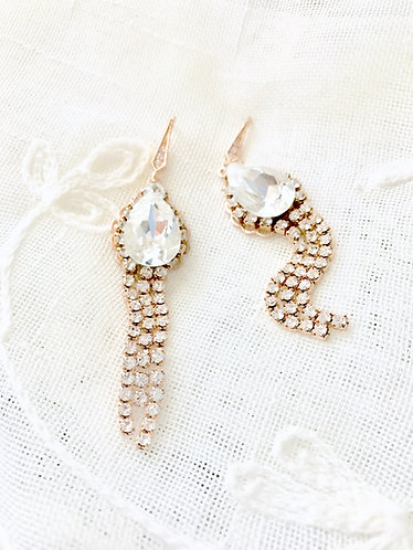 JUBILEE: Swarovski Rhinestone Sparkling Earrings