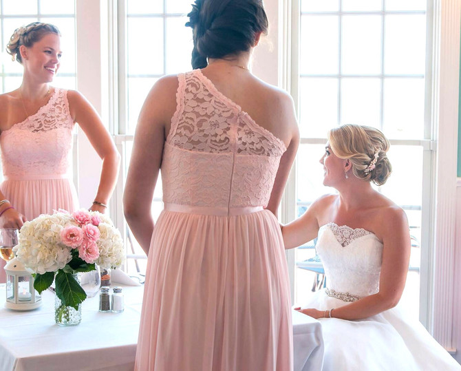 Real Bride: Jennifer's Soft Pink & Blush Wedding!