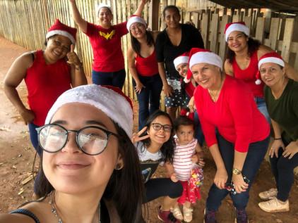 Ação de Natal do Clube de Cunhadas Flores Independência.