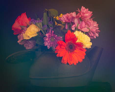 A Kettle Full of Flowers