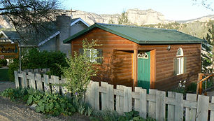 cabin web 09.jpg