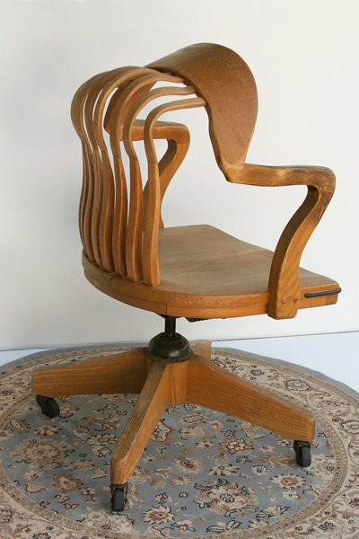 Osteoporosis Chair: Bent Red Oak, Area Rug, 2008 ©