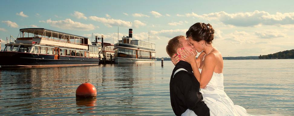 Kissing in water.jpg