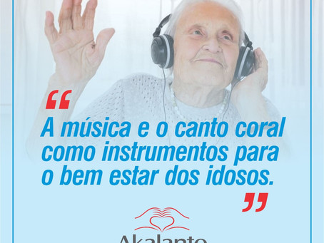 """""""A música e o canto coral como instrumentos para o bem estar dos idosos"""""""
