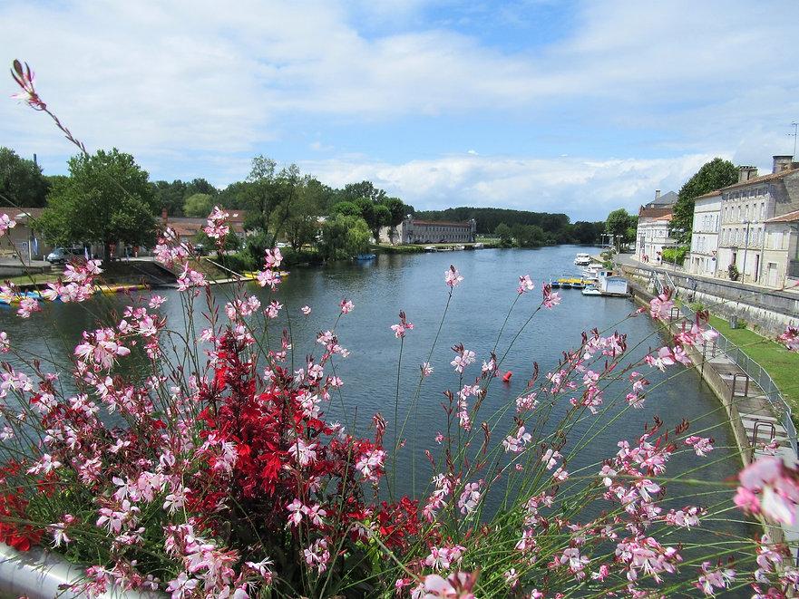 Charente River Jarnac.jpg