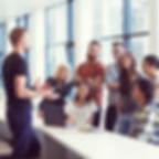 会話 フリートーク 話す しゃべる 複数 相手 友達 会社 仕事 会議 日常