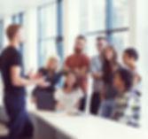 Atelier Posure & Voix en École et Entreprise