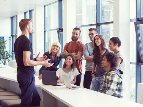 Com coworking e mentorias, Governo abre espaço para impulsionar o varejo.