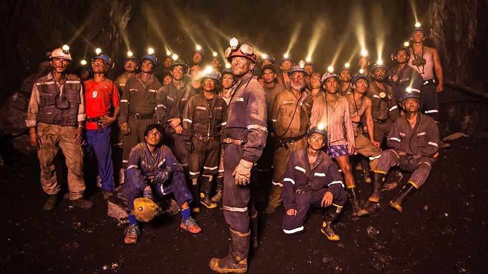 the 33 miners film antonio banderas.jpg
