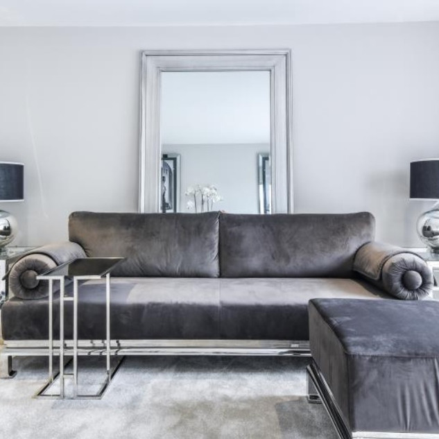 interior lounge.jpg