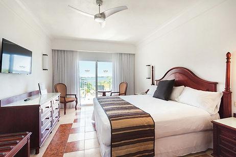 Riu Negril Rooms .jpg