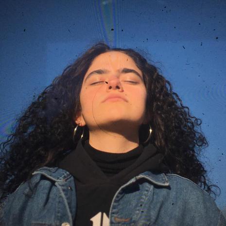 Añes Ollivier-Yamin, Writer & Producer