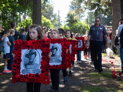 remembrance-PB117433