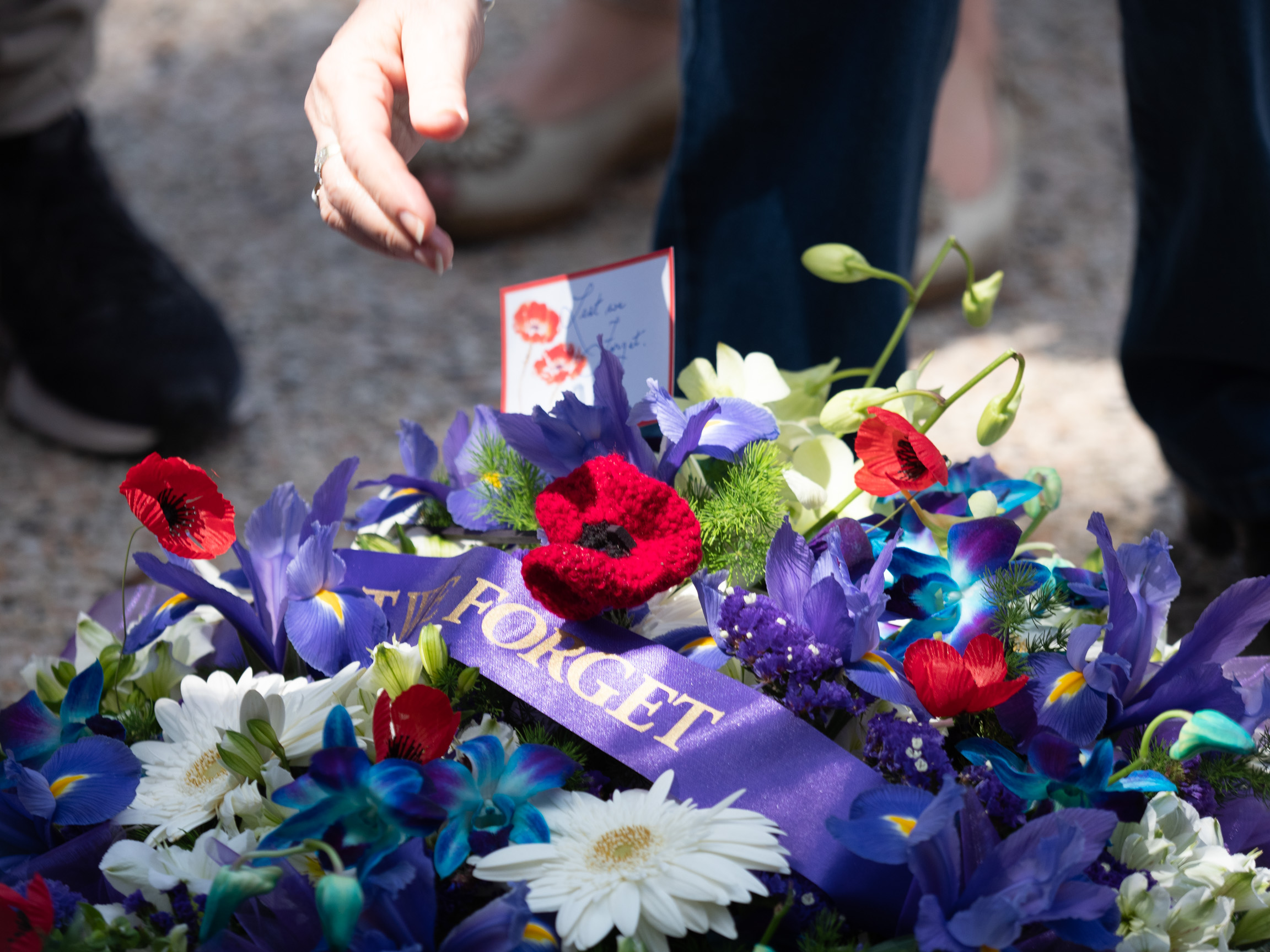 remembrance-PB117732